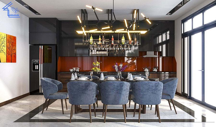 phòng bếp với bàn ăn lớn